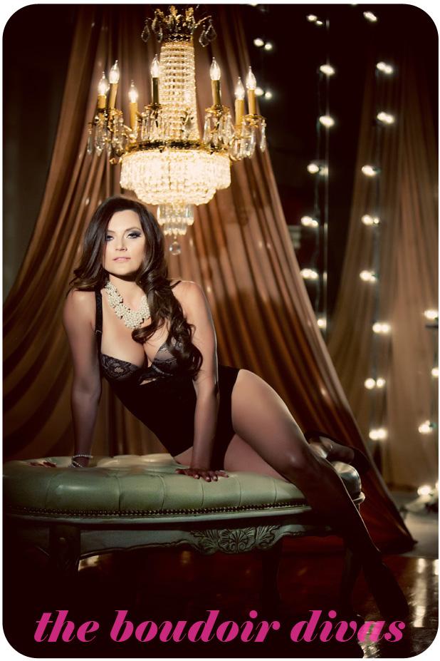 lighting and sets for boudoir studio photography